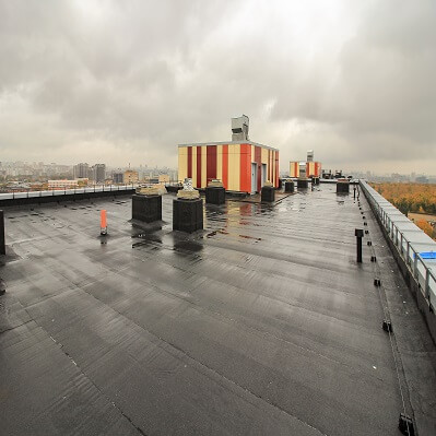 EPDM Roof Wet